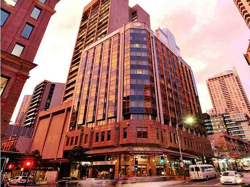 Metro Sydney Central Hotel close to Central Station Sydney